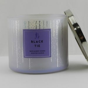 New Bath Body Works 3 Wick Candle Black Tie